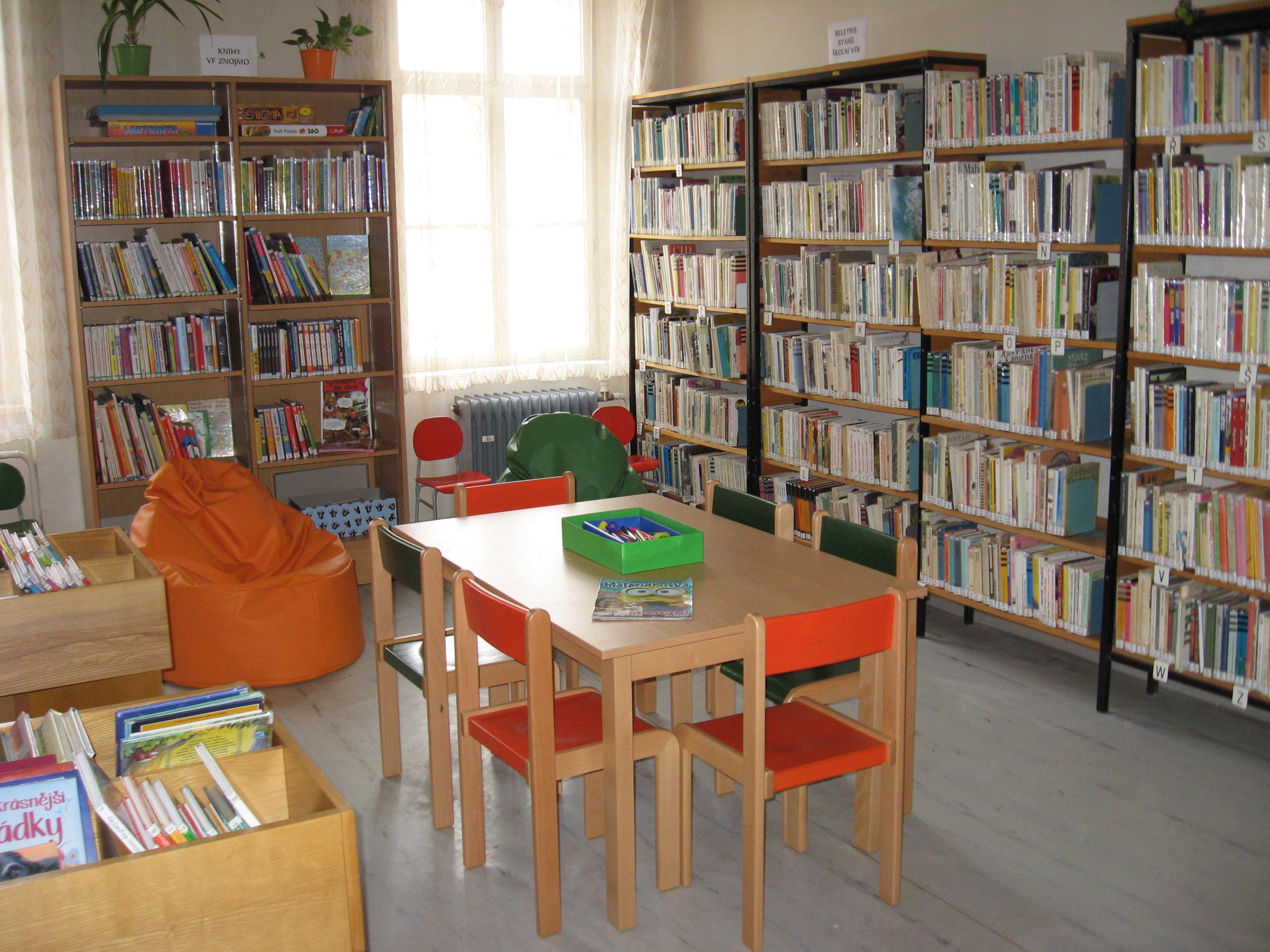 OBRÁZEK : knihovna_interier2.jpg